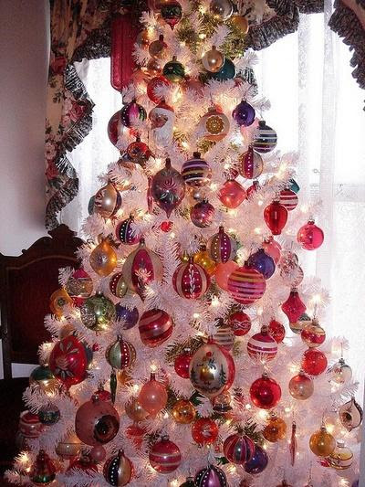 beautiful-vintage-christmas-trees-41