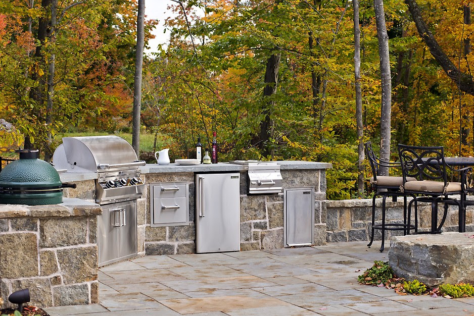 7 Tips for Designing the Best Outdoor Kitchen - Porch Advice