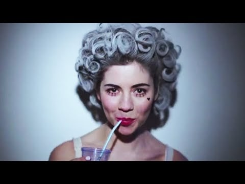 primadonna, il nuovo video di marina and the diamonds