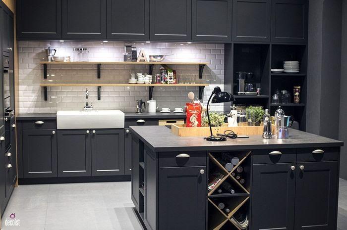 Jadi Point Of View Ini Inspirasi Desain Dapur Berwarna Hitam Yang