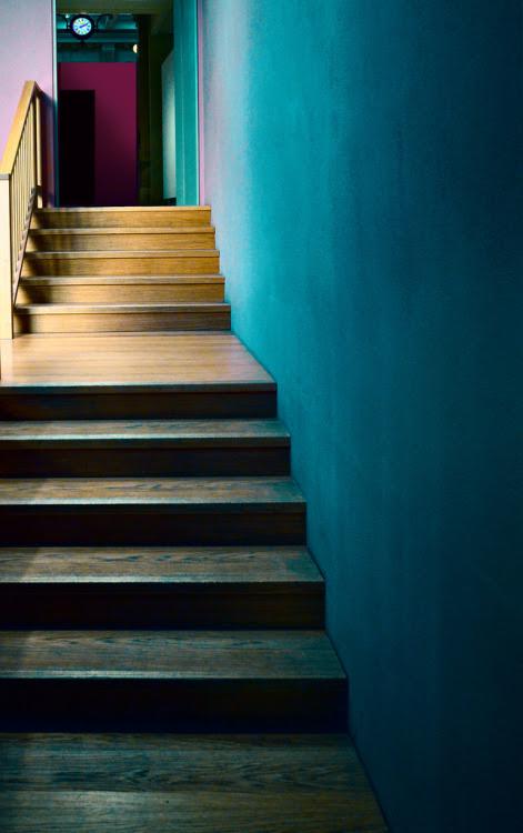Dise o de escaleras 66 tecno haus for La scala marbella