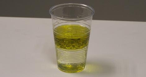 El agua y el aceite nunca antes se habían podido mezclar. | E.M.
