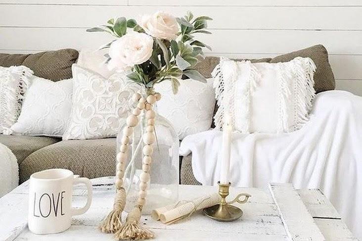 Idee Deco Decorez Le Salon Avec Des Fleurs Cocon Deco Vie Nomade