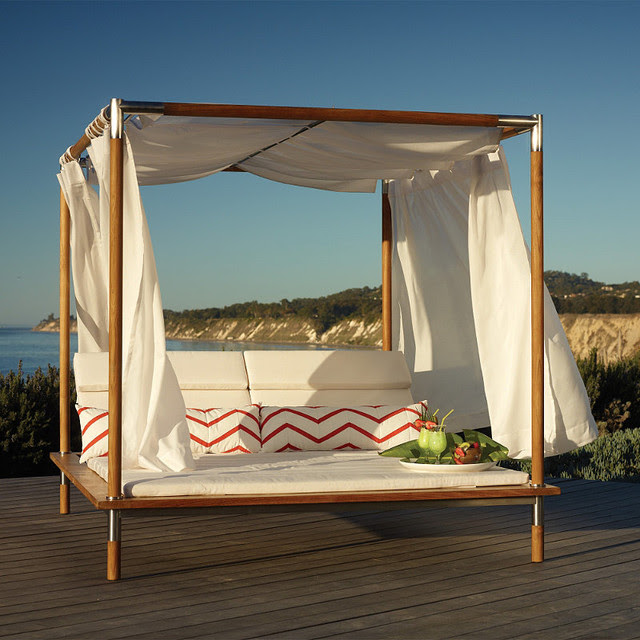 Antigua Canopied Outdoor Daybed with Cushions, Patio Furniture ...