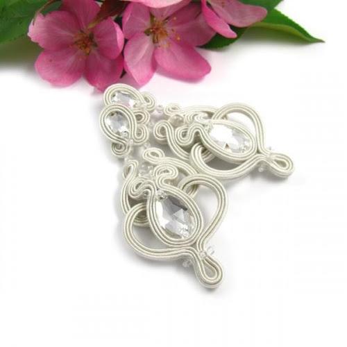 Ażurowe kolczyki ślubne sutasz ivory z kryształami Swarovski