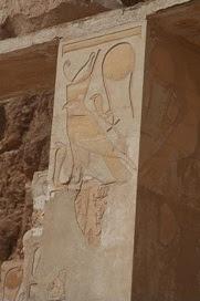 female-horus-falcon-ancient-egypt