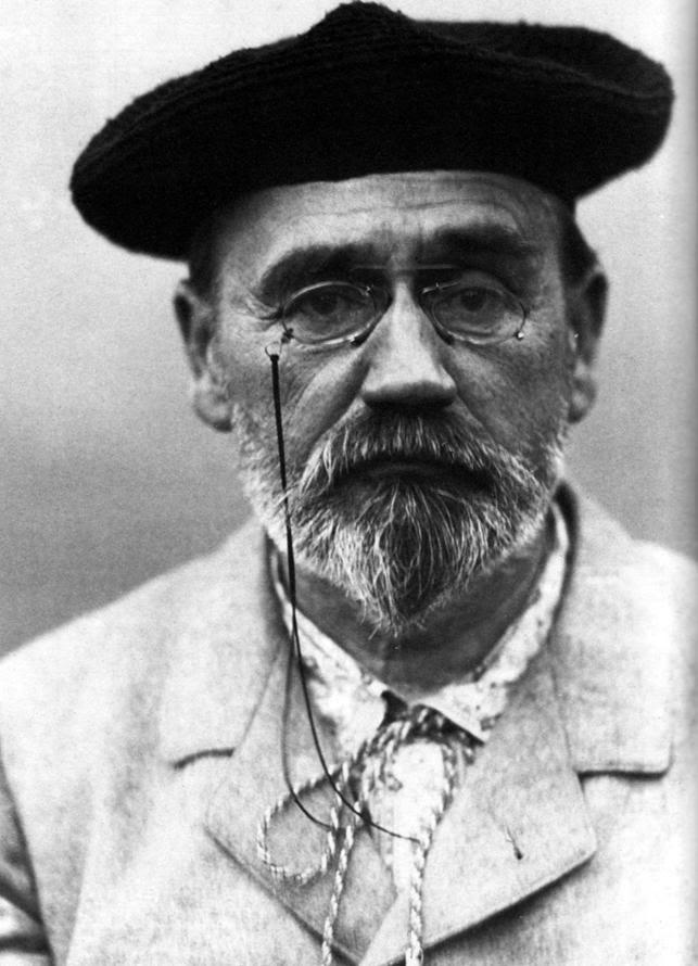 https://upload.wikimedia.org/wikipedia/commons/5/5a/Emile_Zola_1902.jpg