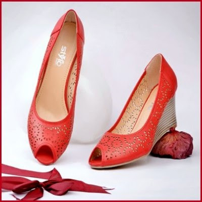 Ladies-Women-Girls-Wear-Beautiful-Eid-Footwear-Collection-2013-By-Stylo-Shoes-14