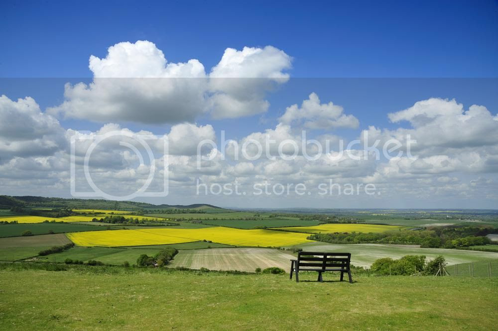 photo dunstable-view-from-dunstable-downs-94334572_zpsrnjmxfyg.jpg