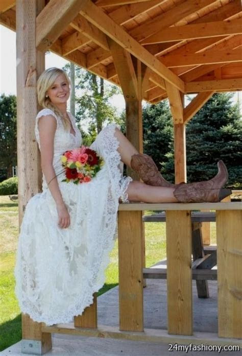 short country style wedding dresses with cowboy boots 2016