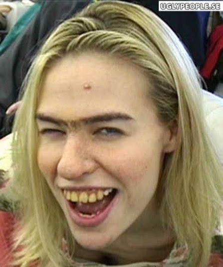 As sombrancelhas mais feias do mundo www.cantinhojutavares.com