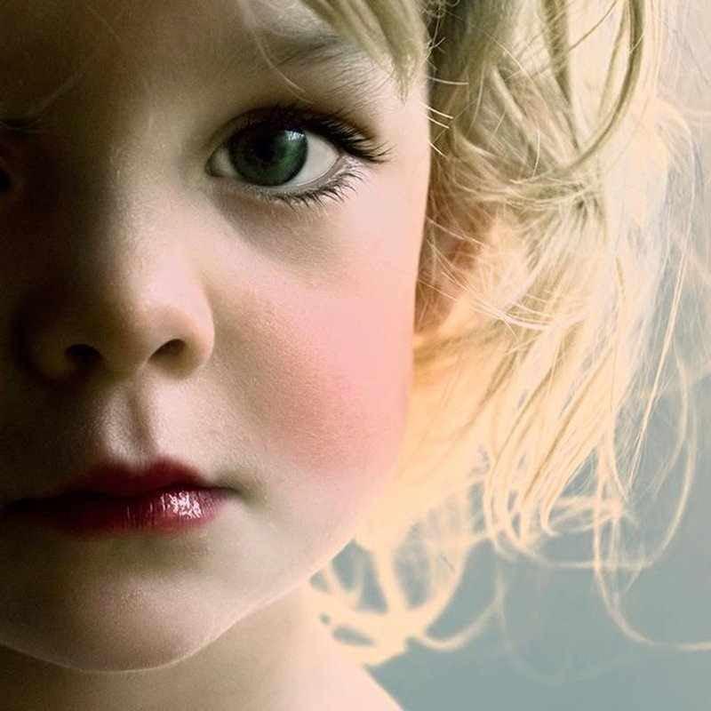 little_girl_half_face.jpg