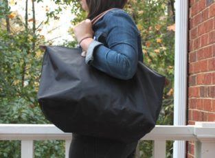 Day 13: Folding vs Rolling - Her Packing List