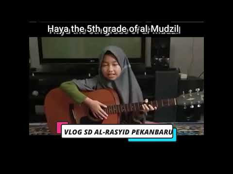 Haya the 5th grade of al Mudzil