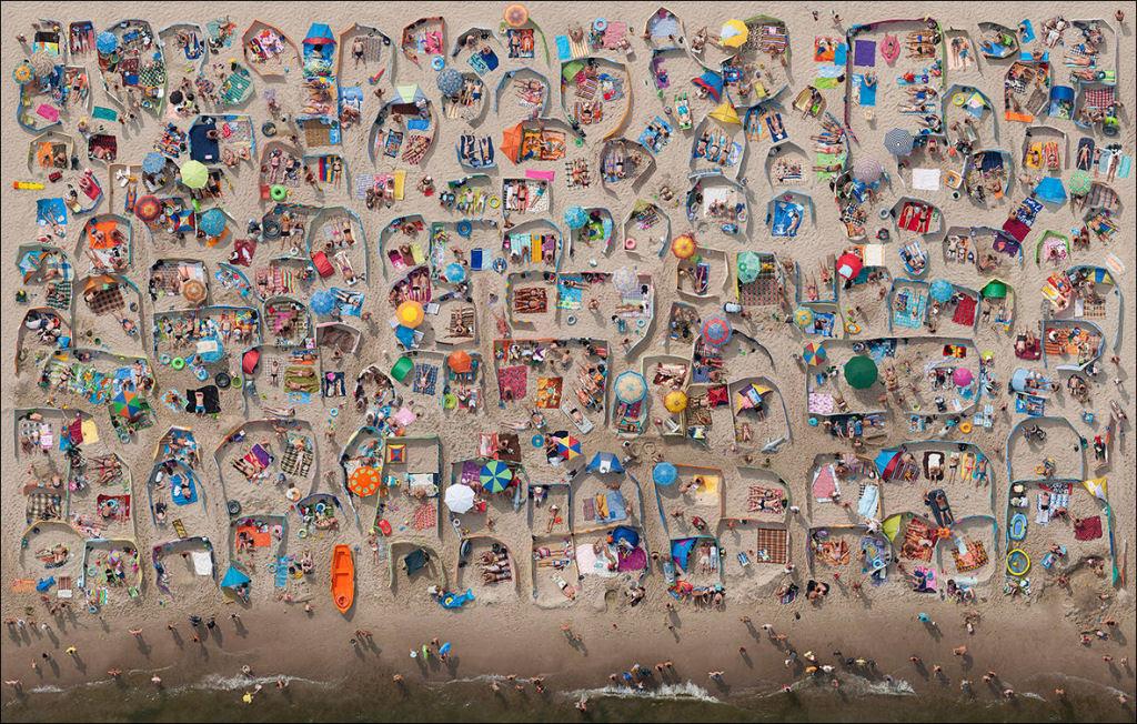 Separadores de espaço na praia, uma tradição polonesa 02