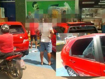 Populares quebram vidro para resgatar crianças esquecidas dentro de veículo em Arapiraca