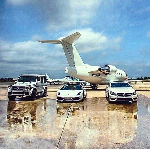 Billionaire Luxury Lifestyle Wallpaper Traffic Club