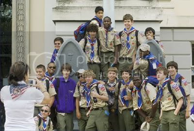 Members of the USA contingent on hand for the 2007 World Scout Jamboree (www.bsawsj2007.org). Used without permission or shame.