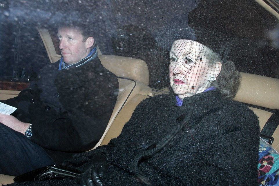 Countess Spencer arriving for the inquest into the death of Diana, Princess of Wales in 2007, where she gave evidence