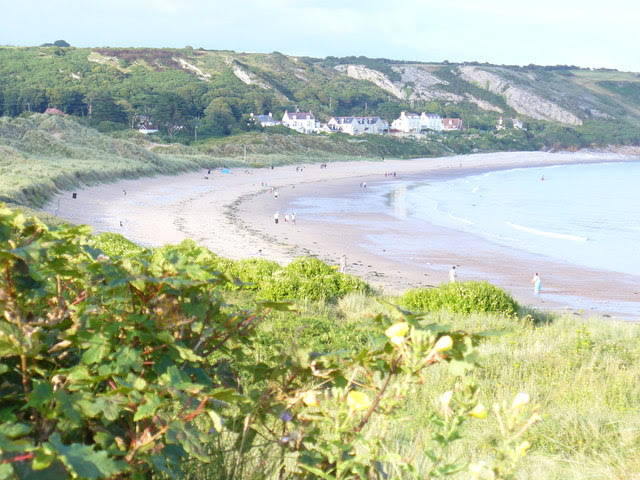 File:Port-Eynon Bay - geograph.org.uk - 1481683.jpg
