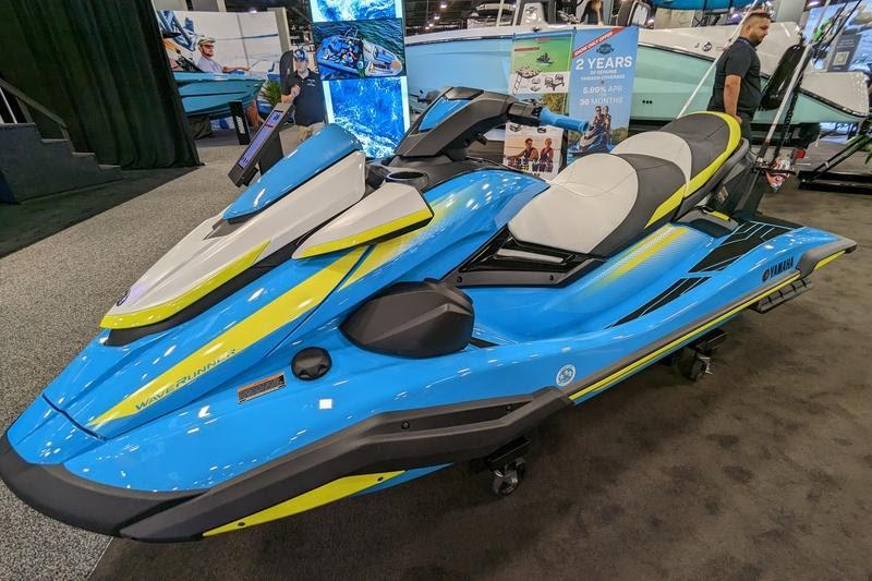 Aqua Patio 240 SL - Boating World