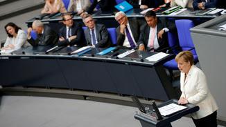 La cancellera alemanya, Angela Merkel, al Bundestag parlant sobre el Brexit