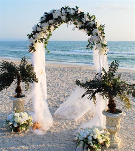 40  Great Ideas of Beach Wedding Arches   Deer Pearl Flowers