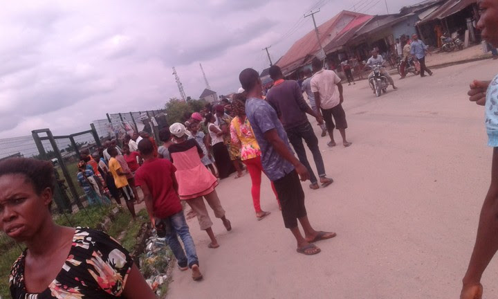 Panic In Eleme, Rivers As Parents Storm Schools Over Vaccination (Photos)