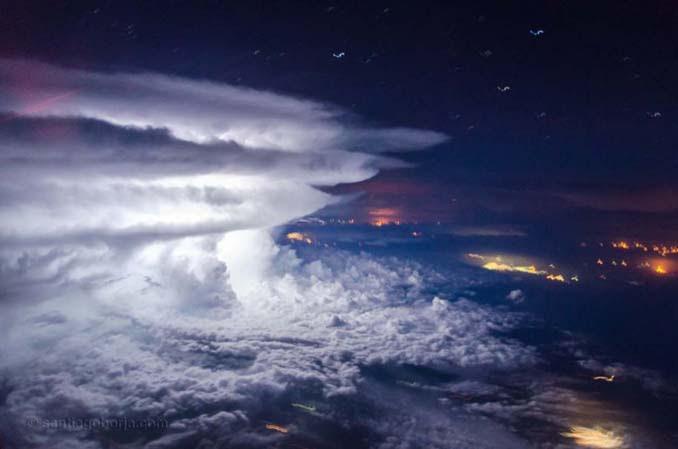 Πιλότος απαθανατίζει τέλειες καταιγίδες από το πιλοτήριο του αεροπλάνου (3)
