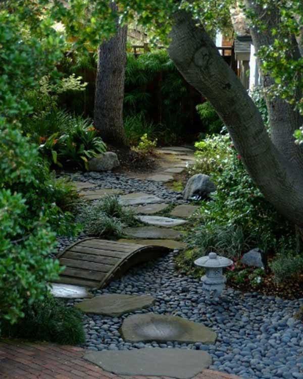garden-walkway-ideas-33