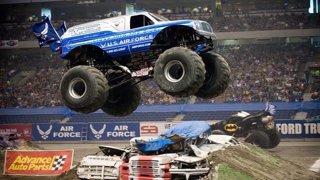 Kids N Fun De 8 Ausmalbilder Von Monster Trucks