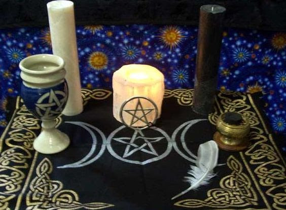A Simple Altar Dedication Ritual