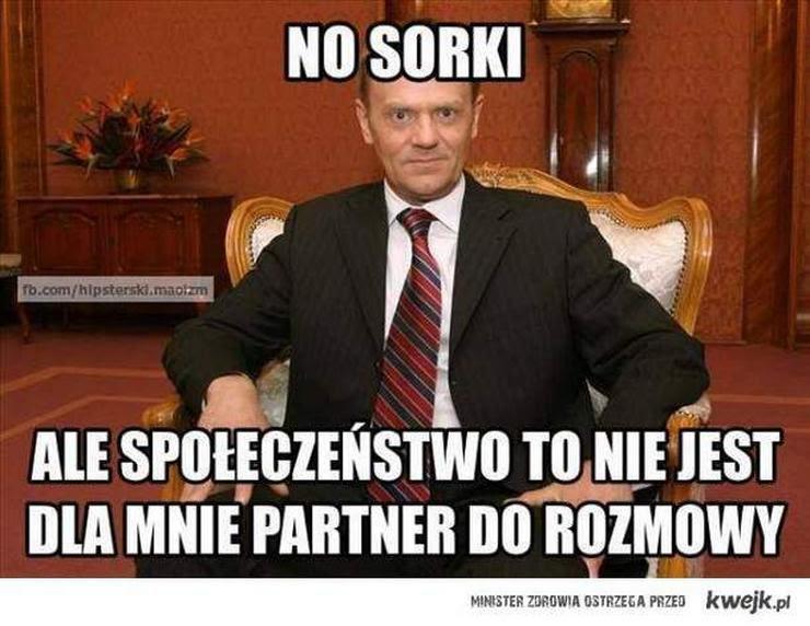 """Internauci śmieją się z """"afery taśmowej"""" i słów Radosława Sikorskiego"""