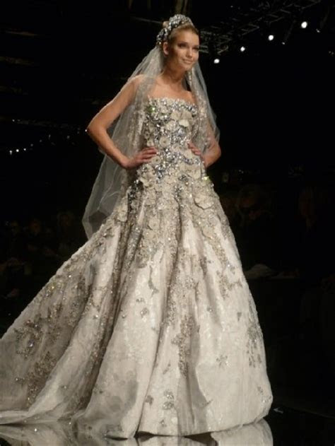 """elie saab wedding dress prices   Be a """"UNIQUE BRIDE"""" and"""