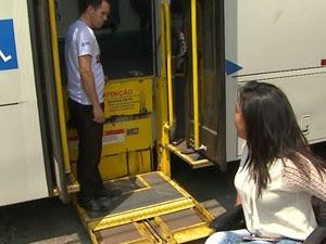 Cadeirantes de São Carlos terão serviço de micro-ônibus reduzido com a Suzantur (Foto: Marlon Tavoni/ EPTV)