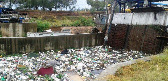 Emcali hace llamado a caleños para que usen bien canales y sistemas de drenaje