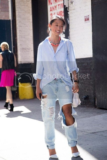 photo Margaret-Zhang-new-york-fashion-week-street-chic-vogue-7sept13-dvora_426x639_zpsc338d3f3.jpg