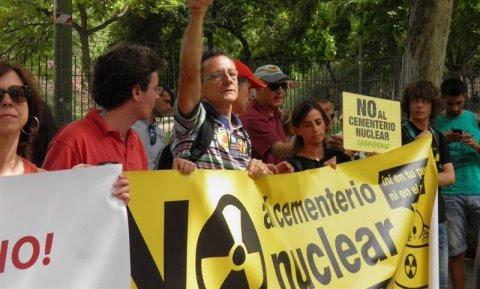 Una manifestación en contra del ATC de Villar de Cañas. EUROPA PRESS