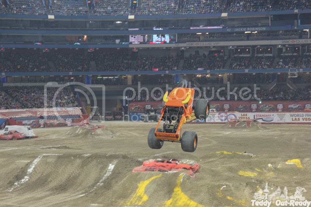 photo MonsterJam_zps30f20bc4.jpg