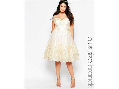 Wedding dresses for curvy brides: Shopping tips, advice