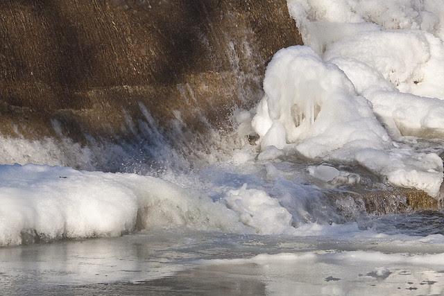 dam freeze