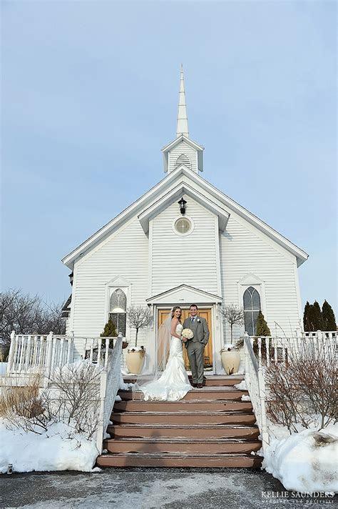 michigan winter wedding  arnaldos