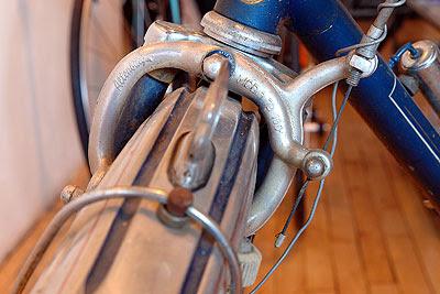 Altenburger front sidepull brake on Ladies' Rabeneick