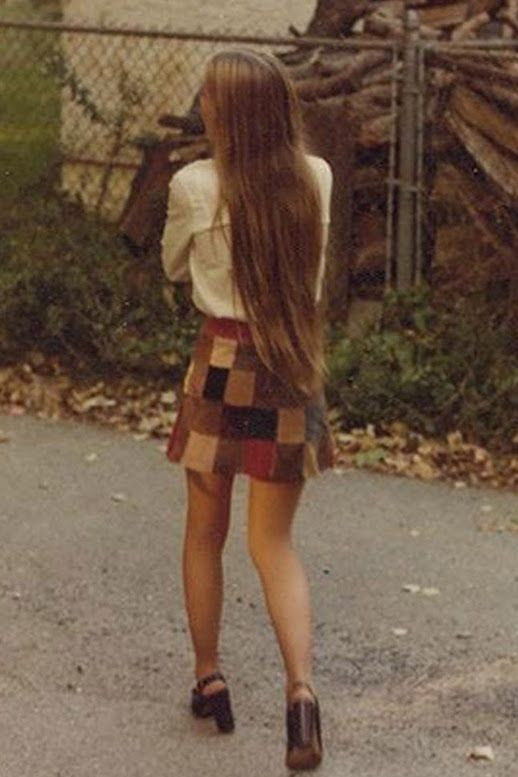 Le Fashion Blog 1970s 70s Street Style Vintage Photos Suede Patchwork Skirt Platform Sandals Via Tres Blase