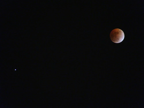 Lunar eclipse and Saturn