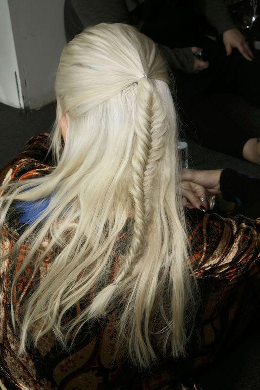 Le Fashion Blog -- 30 Inspiring Fishtail Braids -- Blonde Half Up Braid Etro Hair Style -- Via Style Bistro -- photo 9-Le-Fashion-Blog-30-Inspiring-Fishtail-Braids-Blonde-Half-Up-Braid-Etro-Hair-Style-Via-Style-Bistro.jpg