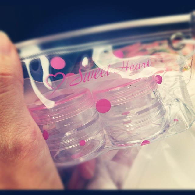 daiso pink containers