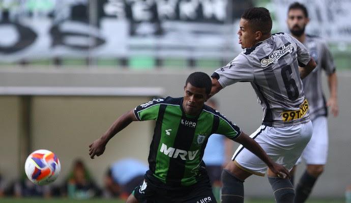 América-MG Botafogo (Foto: Ag Estado)