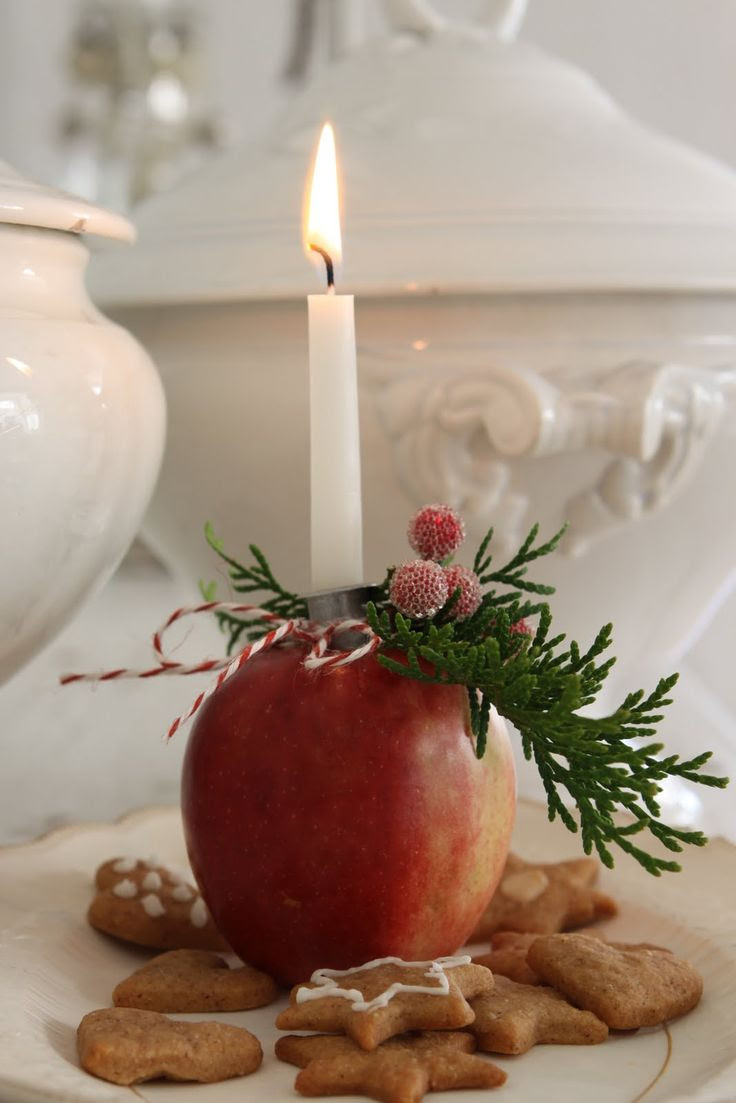 Apple candle