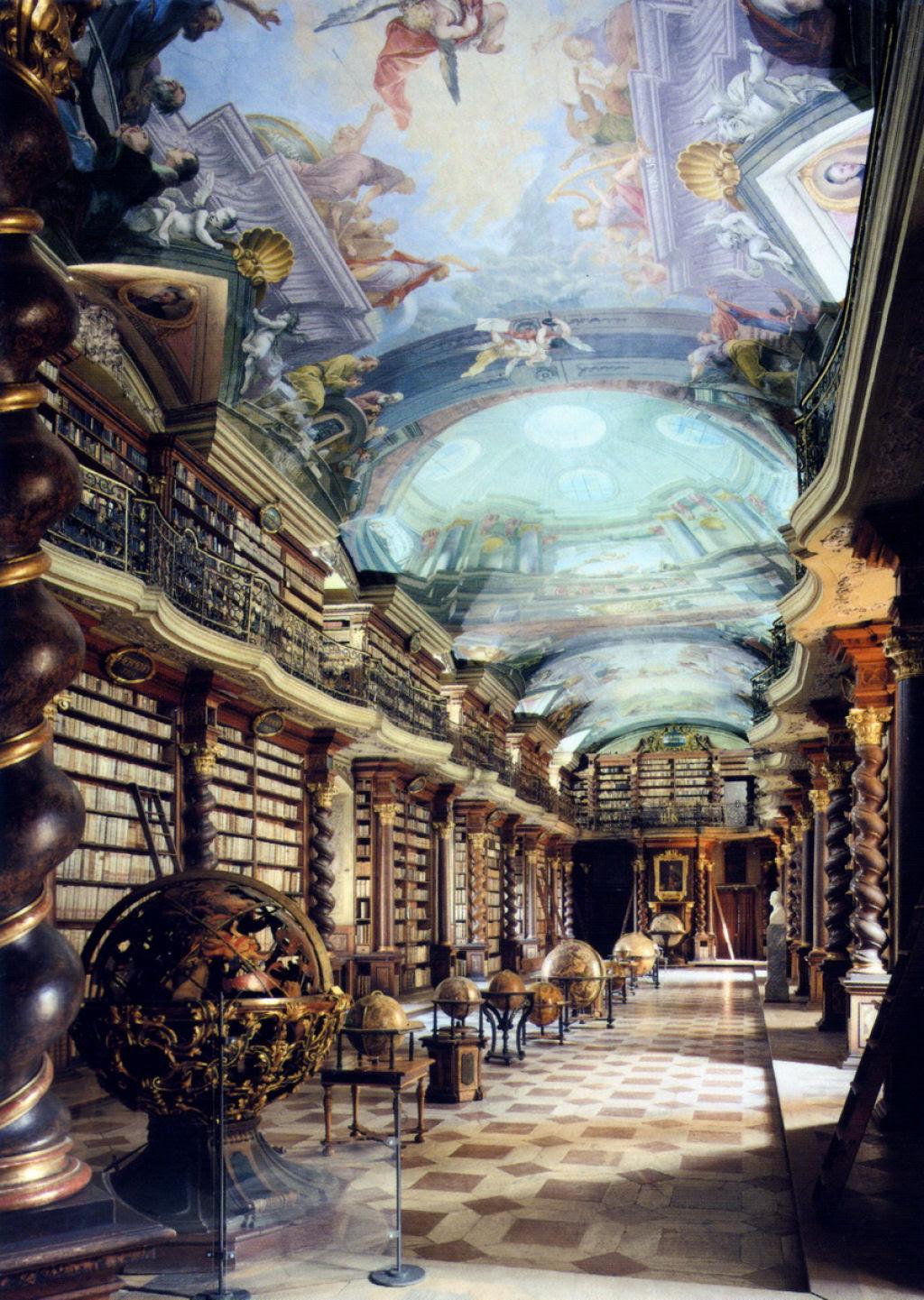 A mais bela biblioteca do mundo fica em Praga 10